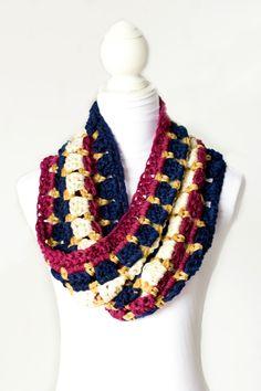 Warm & Toasty Winter Cowl Crochet Pattern via Hopeful Honey