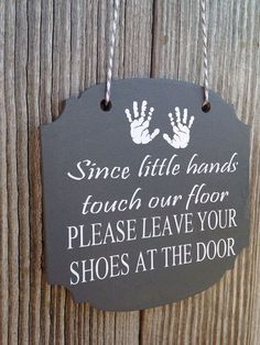 """Awesome!!! Free printable """"Please knock, baby is sleeping ..."""