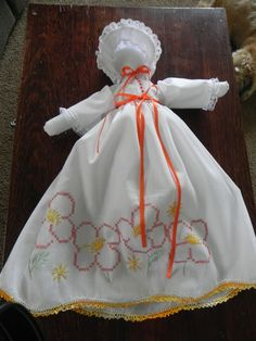 Diy Pillowcase Doll: pillow case doll simple for fun  http   www ehow com    ,