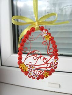 Spring branch decoration made by quil technique - Best Quilling Ideas Arte Quilling, Paper Quilling Cards, Quilled Paper Art, Quilling Paper Craft, Egg Crafts, Easter Crafts, Diy And Crafts, Quilling Patterns, Quilling Designs