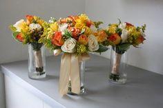 Quer um casamento bem alegre e iluminado? Aposte no combo laranja + amarelo. São cores descontraídas e que casam muito bem com móvei...