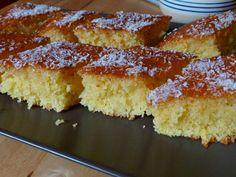 Basbousa - arabischer Grieskuchen mit Kokos
