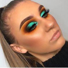 Makeup Eye Looks, Eye Makeup Art, Cute Makeup, Pretty Makeup, Skin Makeup, Eyeshadow Makeup, Makeup Set, Gold Makeup, Gel Eyeliner