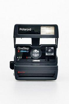Refurbished '80s-Style Polaroid 600 Camera and Film Set.