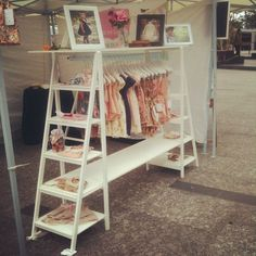 This is so clever and adorable. Love the ladder and pannels. Perfect for children's display or smaller adult items