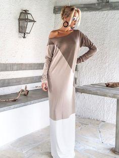 Maxi Dress / Winter Maxi Dress / Winter Plus Size Dress / Taupe Beige Ivory Dress / Abaya / Kaftan / Plus Size Dress / Loose Dress / Winter Maxi, Winter Dresses, Dress Winter, Look Fashion, Hijab Fashion, Fashion Outfits, Hijab Stile, Fashion Tips For Women, Womens Fashion