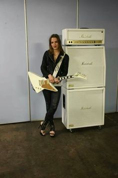 Lzzy Hale ✾ of Halestorm custom Marshall rig Sound Of Music, Music Love, Music Is Life, Rock Music, Bass, Female Guitarist, Female Singers, Lzzy Hale, Women Of Rock