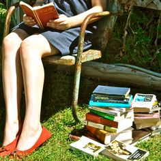 People Reading: People Watching in the form of Notes & Highlighting in used books In case you missed out this week, Earth911 has complied a very lovely Weekend Reading Recap…enjoy! (Source: Earth911)