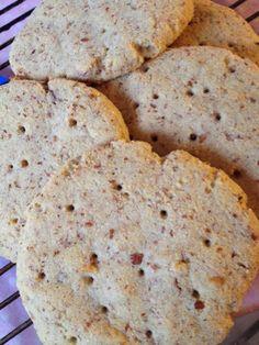 glUten: Saftige, fiberrike og glutenfrie polarbrød Fodmap, Bread, Cookies, Desserts, Food, Crack Crackers, Tailgate Desserts, Deserts, Brot
