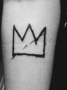 Basquiat crown done by Alex Richardson, Abstract Arts - Toronto submitted by http://gn4r-ly.tumblr.com