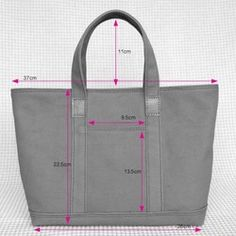 Leather and canvas tote S Red Clutch Bag Pattern, Leather Bag Pattern, Denim Bag Patterns, Bag Patterns To Sew, Types Of Handbags, Diy Tote Bag, Fabric Bags, Big Bags, Handmade Bags