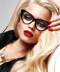 I LOVE this look! Retro chic! Retro Cat Eye Glasses