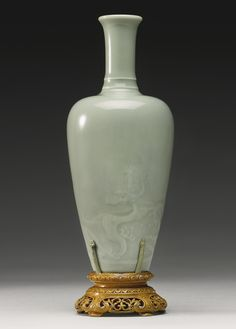 Lot 156 | Sotheby's. A FINE AND RARE CELADON-GLAZED 'DRAGON' VASE KANGXI MARK AND PERIOD. Height 7 3/4  in., 19.6 cm Estimation 200,000 — 300,000 USD