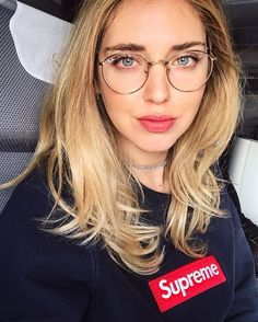 40 Classy Chic Round Glasses for Women Style - Brille Cool Glasses, New Glasses, Girls With Glasses, Glasses Style, Stylish Glasses For Women, Asian Glasses, Hipster Glasses, Wire Frame Glasses, Womens Glasses Frames