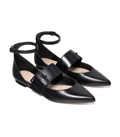 Zara Leather Ballerinas With Buckle Leather Ballet Shoes, Mid Heel Shoes, Shoe Boots, Leather Flats, Flat Shoes, Shoes Heels, Pumps, Ballerinas, Ballerina Shoes