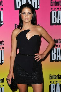 Marie Avgeropoulos, Eliza Taylor, Entertainment Weekly, Short Skirts, San Diego, Peplum Dress, Tights, Beautiful Women, Lingerie