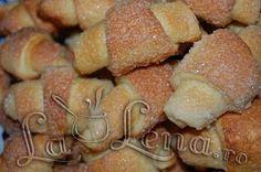 Cornuri zaharisite Food Cakes, Doughnut, Cake Recipes, Cereal, Muffin, Cookies, Breakfast, Breads, Desserts