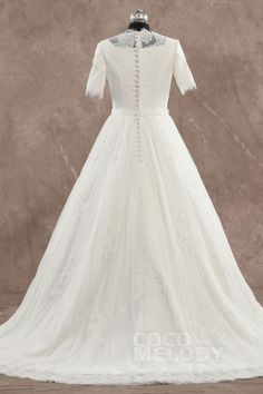 New Style A-Line Jewel Natural Train Tulle Ivory Half Sleeve Zipper With Buttons Wedding Dress with Sashes CWXT1500C