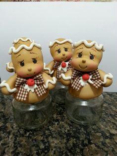 Potinhos de tempero ginger em biscuit
