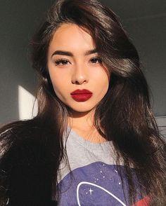 Beauty russian red lips beautiful girl asian eyebrows makeup goal hair Source by njnn Eyebrows Red Lips Makeup Look, Subtle Makeup, Makeup Looks, Natural Makeup, Asian Eyebrows, Celebrity Eyebrows, Drawing Eyebrows, Blonde Eyebrows, Thick Eyebrows