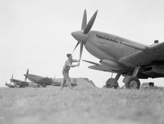 30 stunning pictures of Spitfires, one of the best fighters during WWII - Page 3 of 3