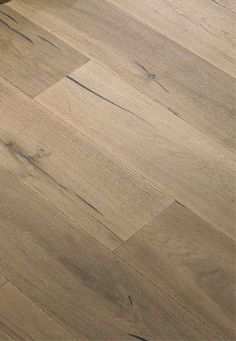 wide plank light hard wood floor: Light Oak Wood Flooring - think this is the next direction in flooring Light Oak Floors, White Oak Floors, Hardwood Floor Colors, Wood Colors, Stain Colors, Wood Floor Kitchen, Kitchen Flooring, Laminate Flooring, Greige