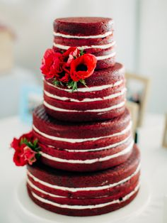 The naked cake shows that sometimes less is more. Perfect for a rustic theme or for a creative spin on tradition like this simple red velvet naked cake with anemones. Its good for brides like me who arent fans of fondant. Naked Wedding Cake, Red Velvet Wedding Cake, Cool Wedding Cakes, Bolos Naked Cake, Naked Cakes, Deep Red Wedding, Fall Wedding, Wedding Ideas, Wedding Story