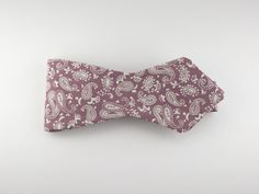 Bow Tie, Vintage Pink Paisley, Pointed End – SuitedMan