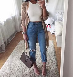 "1,323 Likes, 5 Comments - WeInspireYourOutfits (@weinspireyouroutfits) on Instagram: ""Love or Not?FOLLOW MY NEW FASHION ACCT: @PlushLadies @PlushLadies @PlushLadies @PlushLadies…"""