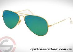 Si eres una persona con estilo  y elegante los lentes de sol Ray Ban son una buena opción. Visítenos....