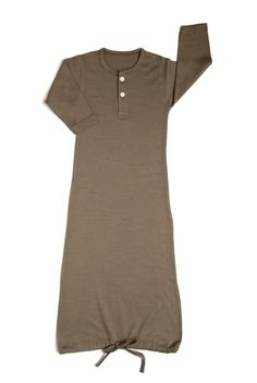 nuiBODY Infant Sleepgown olive Don't like the color but cute idea