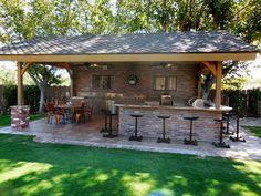 Outdoor Kitchen with Pergola . Outdoor Kitchen with Pergola . 53 Inspiring Outdoor Kitchen Design Ideas that You Can Try Backyard Bar, Backyard Patio Designs, Backyard Landscaping, Patio Ideas, Outdoor Ideas, Pergola Ideas, Backyard Ideas, Outdoor Bar Areas, Desert Backyard
