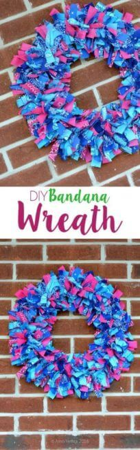 DIY Bandana Wreath Tutorial - This fun DIY project is so easy and you can use different colored bandanas for different events or seasons! Exterior Front Doors, Sliding Patio Doors, Sliding Glass Door, French Door Coverings, Rustic Pantry Door, Diy Wreath, Wreaths, Old Closet Doors, Grill Door Design