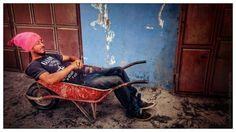 """Nome: """" Estou""""   Localização:  Cabo Verde, Fogo, Santa Catarina, Cova Figueira   Séria:  Trecho de vida   Comentários:  """"Estou"""" (é seu nom..."""