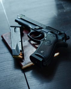 I would very much appreciate a Beretta 92 FS or a 96 FS. Weapons Guns, Guns And Ammo, Armas Wallpaper, Beretta 92, Shooting Guns, Cool Guns, Jolie Photo, Tactical Gear, Mafia