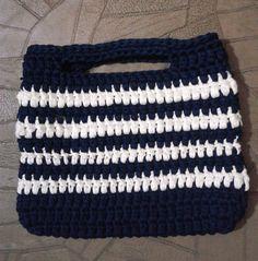 DIY bolsa de trapilhos em croche duas cores