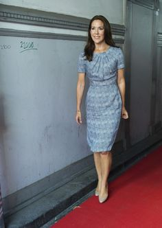 Crown Princess Mary looking beautiful on her visit to the support organisation TUBA in Copenhagen.