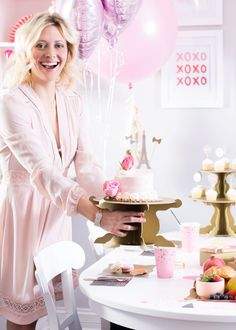 How To Throw A Galentine's Day Brunch In Four Easy Steps / Paris312