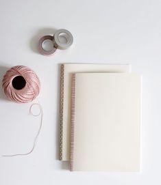 DIY: Notizhefte binden - we love handmade Diy And Crafts, Paper Crafts, Diy Notebook, Book Binding, Our Love, Handicraft, Mini Albums, Hand Lettering, Book Art