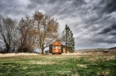 How to choose a tiny house trailer.