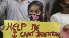 #Delhi Smog: Schools Closed for 3 Days as #Pollution Worsens - combi of festivities, winter & waste:  (via BBC)