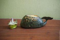 Купить керамическая аромалампа Остров Задумчивого Кита - хаки, рыба, кит, город, домик, море