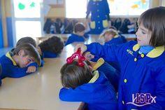 Dentro de las clases de Educación Emocional, los peques de P3 #InfantilISP tienen un espacio para la relajación y sus múltiples beneficios. www.colegiosisp.com