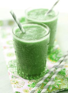 www.smoothiehealthyrecipes.com/healthy-smoothie-recipes/g...  This is so simple Vegan Green Smoothie and made with spinach and banana. This smoothie is nutritious and delicious. It is pure Vegan Smoothie. This glowing green smoothie increase your ene   Fruit smoothie recipe