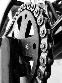 To increase your enjoyment of mountain biking, the right shoe is necessary. A shoe created particularly for the mountain bicycle rider is the way to go. Mtb shoes come in a variety of prices, from … Downhill Bike, Mtb Bike, Cycling Bikes, Mountain Bike Shoes, Mountain Biking, Bike Photography, Motocross Bikes, Bicycle Maintenance, Bike Chain