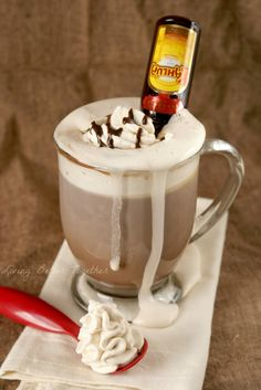 Kahlua Hot Chocolate | Living Better Together