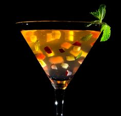 Sangria in suspension- Thickened sangria with xanthan gum and suspended fruit