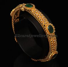 Jewellery Designs: Uncut Diamond Bangle (31 grams)
