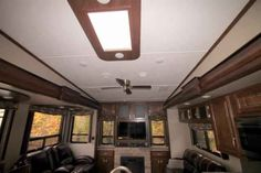 2016 New Keystone Montana 310RE Fifth Wheel in South Carolina SC.Recreational Vehicle, rv, 2016 Keystone Montana310RE, 12cu. ft. Side by Side Refrigerator, AUTO LEVEL SYSTEM, Bike Rack, Decor- Nutmeg, Exterior Decor-Champagne, Free Standing Dinette, High Country Pkg, Moving to Montana Pkg, RVIA Seal, Slide Awning Pkg, Theater Seating , Winterization,
