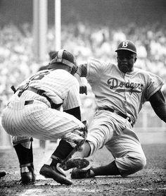 Jackie Robinson slides into home vs Yogi Berra in 1955 World Series